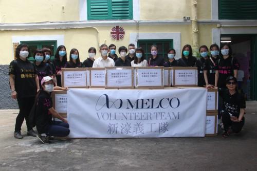 新濠博亞娛樂有限公司捐贈74,000個口罩