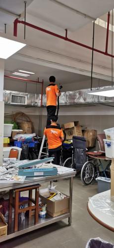 美高梅服務團隊為服務設施進行清潔